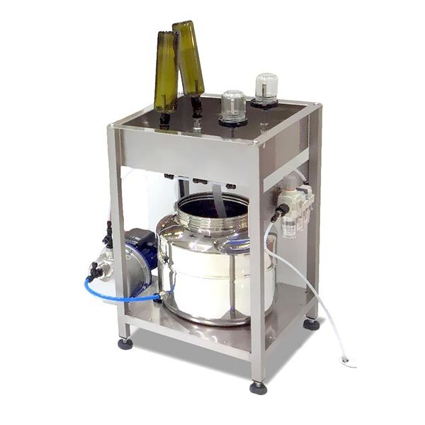 TENCO Pudeļu mazgāšanas un žāvēšanas iekārta ar 4 uzgaļiem un sūkni